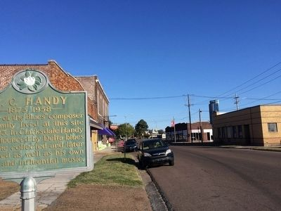 View of marker looking north on Issaquena Avenue. image. Click for full size.