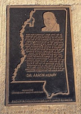 Aaron Henry plaque at foot of Freedom Trail marker. image. Click for full size.