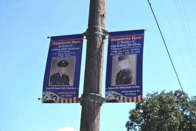 Nearby Streat Banner Commemorating<br>Brazoria Fallen Heroes image. Click for full size.