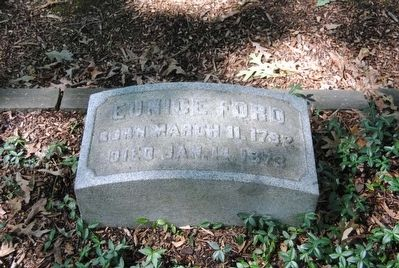 Eunice Ford Tombstone<br>Born March 11, 1782<br>Died Jan. 14, 1873 image. Click for full size.