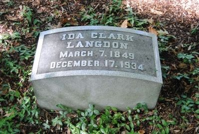 Ida Clark Langdon Tombstone<br>March 7, 1849<br>December 1, 1934 image. Click for full size.