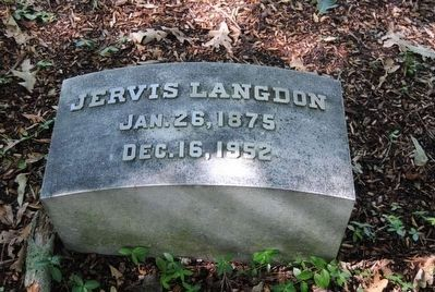 Jervis Langdon Tombstone<br>Jan. 26, 1875<br>Dec. 16, 1952 image. Click for full size.