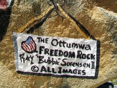 Ottumwa Freedom Rock Veterans Memorial Artist image. Click for full size.