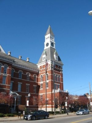 Thomaston Town Hall image. Click for full size.
