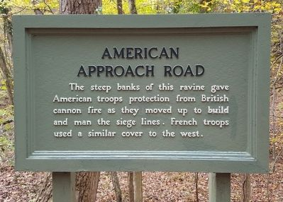 American Approach Road Marker image. Click for full size.