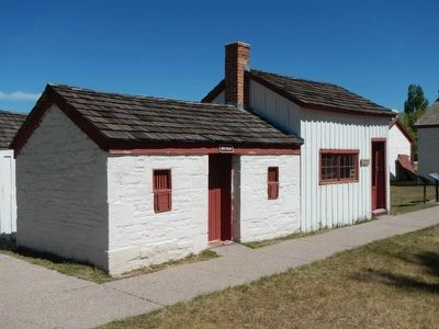 School House (right) and Milk House (left) image. Click for full size.