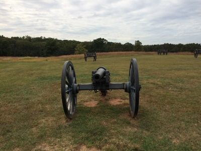 Artillery Piece and Limber near the Henry Hill Marker image. Click for full size.