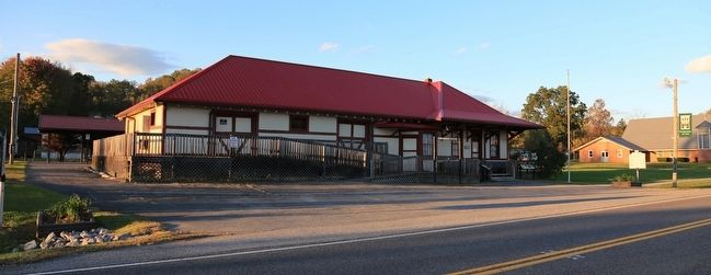 Former Clinchfield Depot, Dungannon, Virginia image. Click for full size.