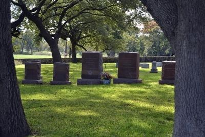 Graves of Lady Bird Johnson<br>and President Johnson image. Click for full size.
