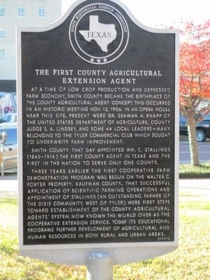 The First County Agricultural Extension Agent Marker image. Click for full size.