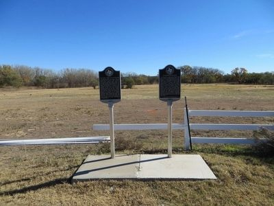 Col. John I. Gregg 1872 Battle Site Marker <i>on left</i> image. Click for full size.