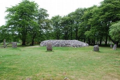 North-East Passage Grave image. Click for full size.