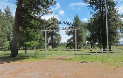 Fort Klamath Historic Cemetery Entrance Gate image. Click for full size.