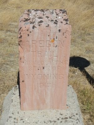 Oregon Trail Marker, adjacent to the Ada Magill grave. image. Click for full size.