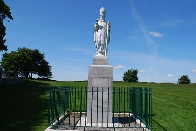 St. Patrick Statue image. Click for full size.