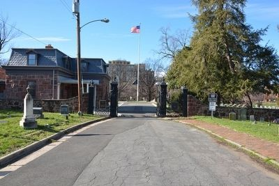 Current day entrance to Alexandria National Cemetery image. Click for full size.