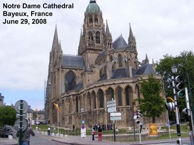 Notre Dame Cathedral image. Click for full size.