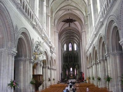 Notre Dame Cathedral-Inside image. Click for full size.