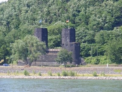 West bank towers of Ludendorff Bridge at Remagen image. Click for full size.