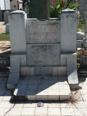 Claudia Lars Grave, Los Ilustres Cemetery, San Salvador image. Click for full size.