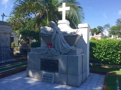 Tomb of Gerardo Barrios in Los Ilustres Cemetery, San Salvador, El Salvador image. Click for full size.