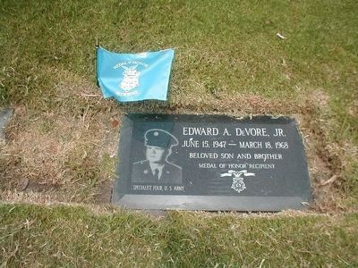 Edward A. Devore, Jr. Medal of Honor Recipient image. Click for full size.
