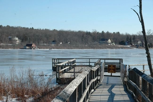 The Public Pier at the North End of Ballston Lake image. Click for full size.