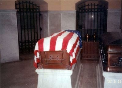 Inside the Mausoleum of James A. Garfield image. Click for full size.