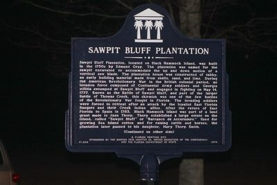 Sawpit Bluff Plantation Marker Side 1 image. Click for full size.