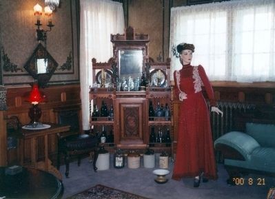 Inside the Old Homestead Parlour House image. Click for full size.