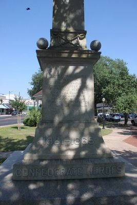 Confederate Monument to those who fought in the Battle of Marianna image. Click for full size.