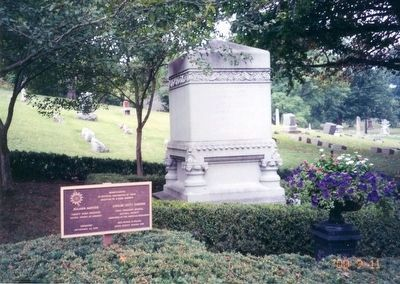 Benjamin Harrison Marker-rear of tombstone image. Click for full size.