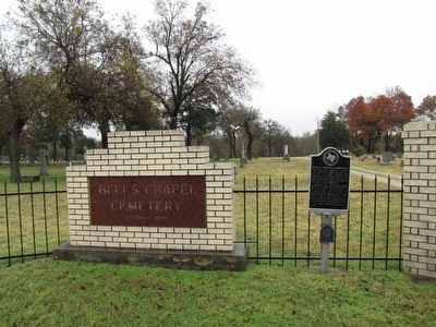 Bell's Chapel Cemetery and Marker image. Click for full size.