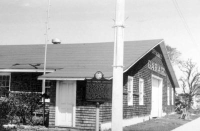 The Ormond Garage and marker c. 1970 image. Click for full size.