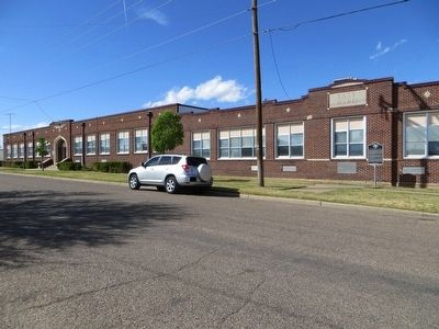 East Ward Elementary School image. Click for full size.