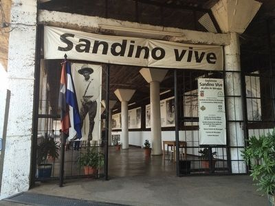 Permanent exhibition on Sandino at Lomas de Tiscapa image. Click for full size.