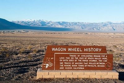 Wagon Wheel History Marker image. Click for full size.