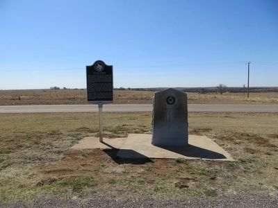 Buffalo Soldiers at Fort Elliott Marker <i>on the left</i> image. Click for full size.