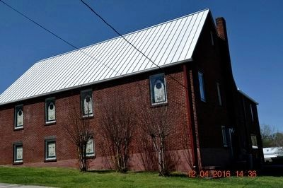 Elkmont Methodist Church image. Click for full size.