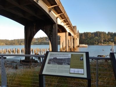 Siuslaw River Bridge: Construction & Design Marker image. Click for full size.
