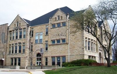 Lockport City Hall image. Click for full size.