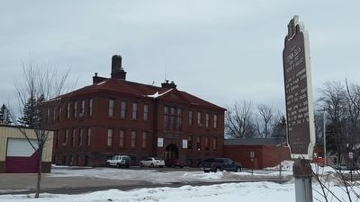 Old Ashland City Hall image. Click for full size.