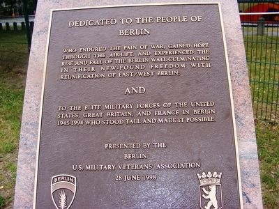 Berlin Airlift Marker image. Click for full size.