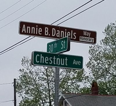 Annie B. Daniels Way (Honorary) image. Click for full size.