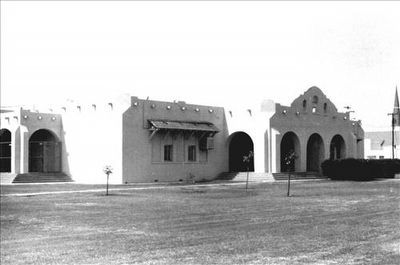 Gilbert Elementary School image. Click for full size.