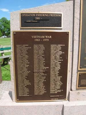 Durham Veterans Monument image. Click for full size.