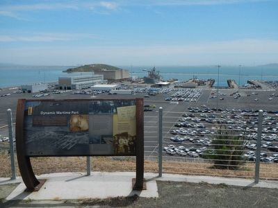 Dynamic Wartime Port Marker overlooking the former Kaiser Shipyard 3. image. Click for full size.