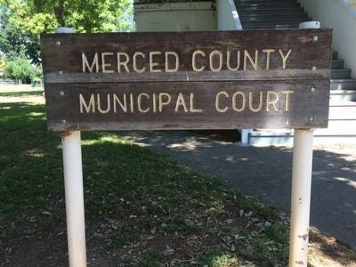 Merced County Municipal Court image. Click for full size.