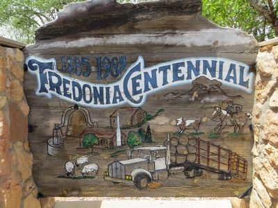 <i>Front of:</i> Fredonia Centennial Marker image. Click for full size.