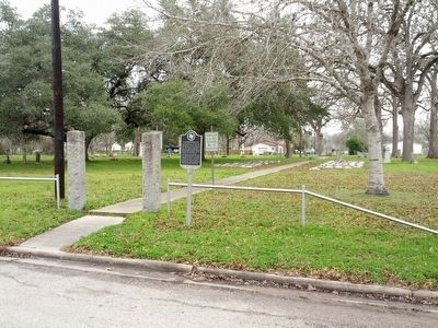 Location of Hallettsville Memorial Park Marker image. Click for full size.